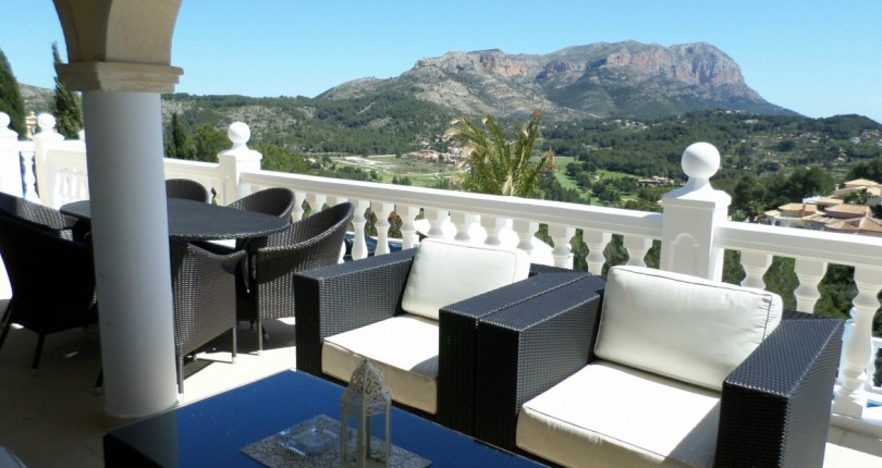 LUXUSVILLA MIT PANORAMABLICK IN LA SELLA GOLF RESORT, DENIA, ALICANTE, ZU VERKAUFEN