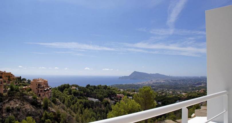 VILLA MEERBLICK IN ALTEA, ALICANTE. GOLFCLUB ALTEA.